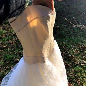 Vintage Catharine Rayner Wedding dress. Size 2/4.